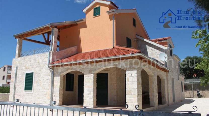 villa-dzingel-01