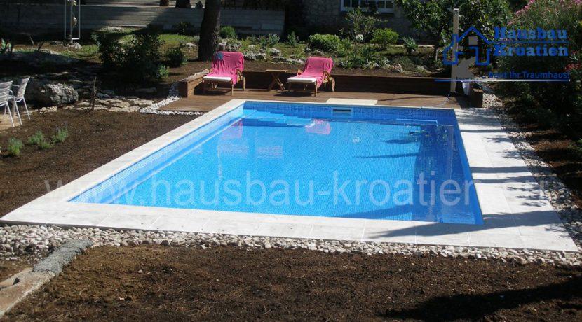 Schwimmbad in Tribun