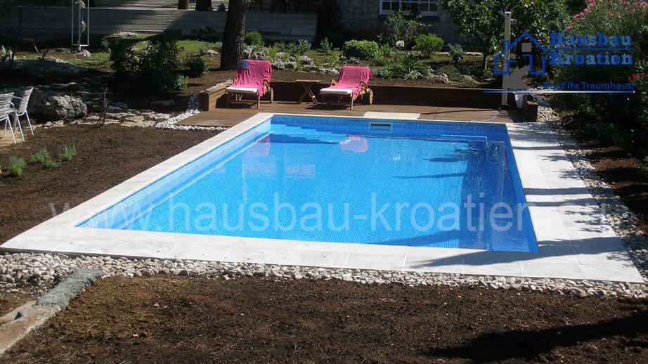 Schwimmbad in Tribunj