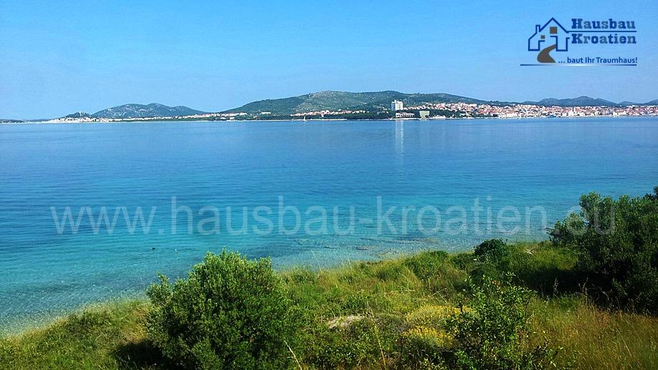 Bauland mit Haus direkt am Meer auf der Insel Prvić